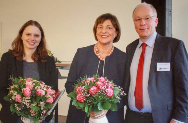 Frau Dr. Leonhard, Frau Schmidt, Herr Dr. Bartke