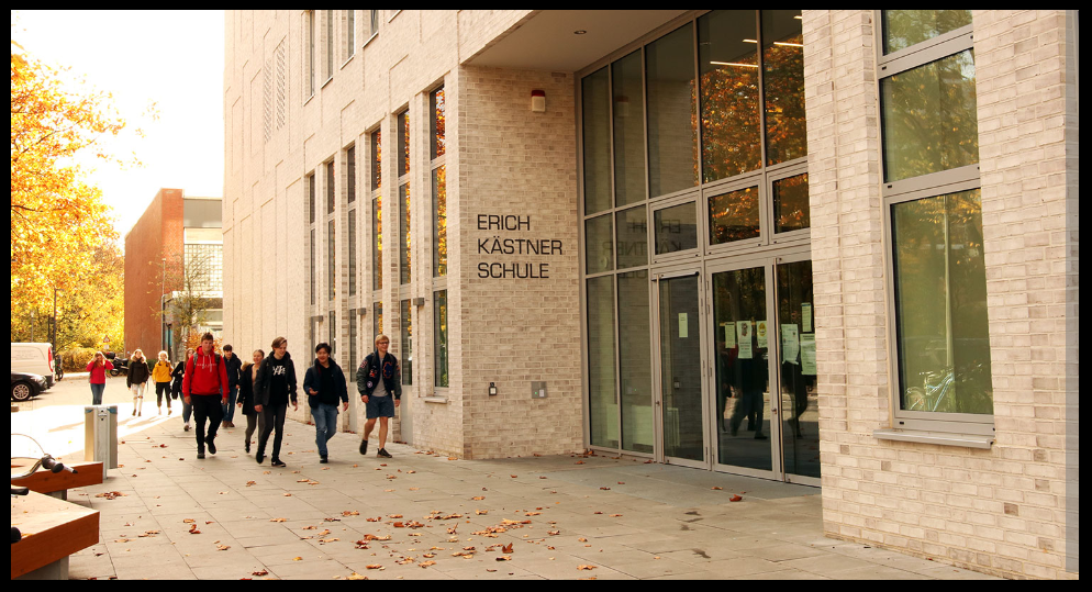 Foto: Außenansicht Erich-Kästner-Schule